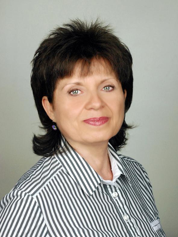 Dr. Lilla Korenova